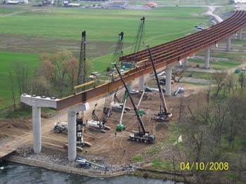 V&G is building a 2,139-ft. bridge carrying four lanes of Corridor H traffic over existing farmland and across the Potomac River in Hardy County, W. Va.