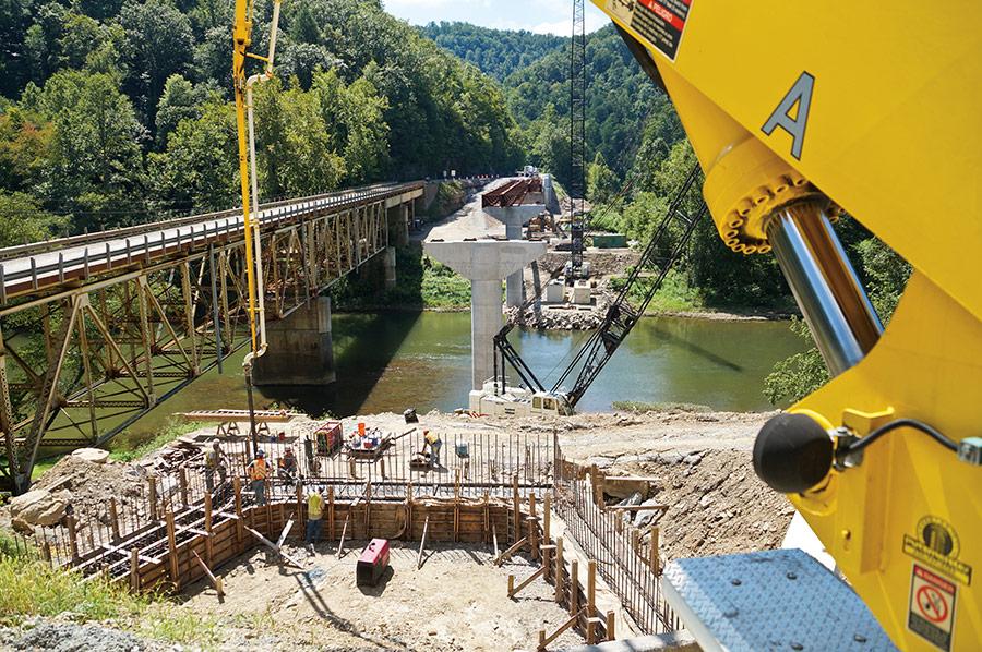 VG-BridgesWalls-VG-WV-ClayCoBridge-9785b-lg